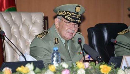 """Gaïd Salah: l'Armée algérienne est """"fière de la grandeur de sa relation solide"""" avec le"""