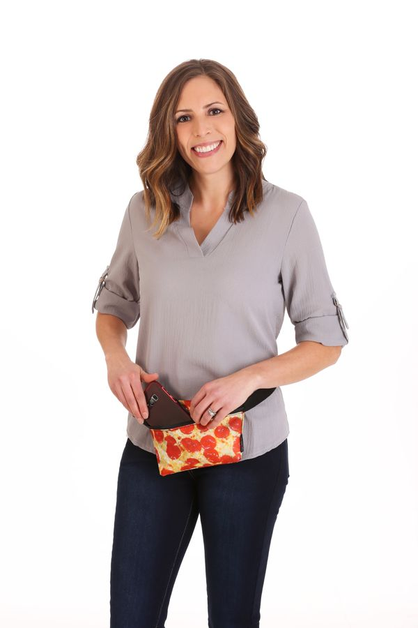 "<a href=""https://www.fun.com/pizza-print-fydelity-fanny-pack.html"" target=""_blank"">A pizza fanny pack</a> is a great way to g"