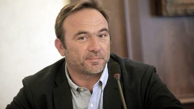 Παραιτήθηκε ο Πέτρος Κόκκαλης από τον συνδυασμό «Πειραιάς