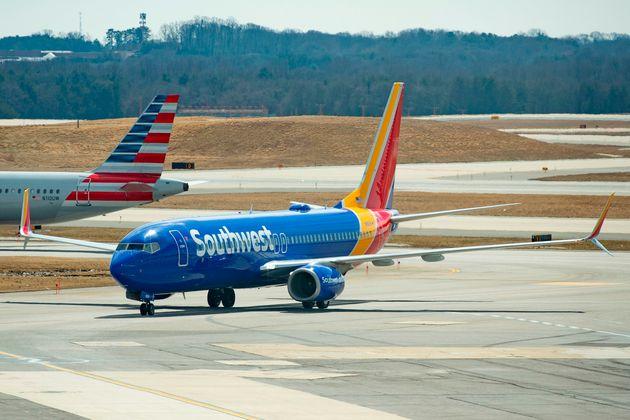 Ο Τραμπ απαγόρευσε τις πτήσεις των Boeing 737