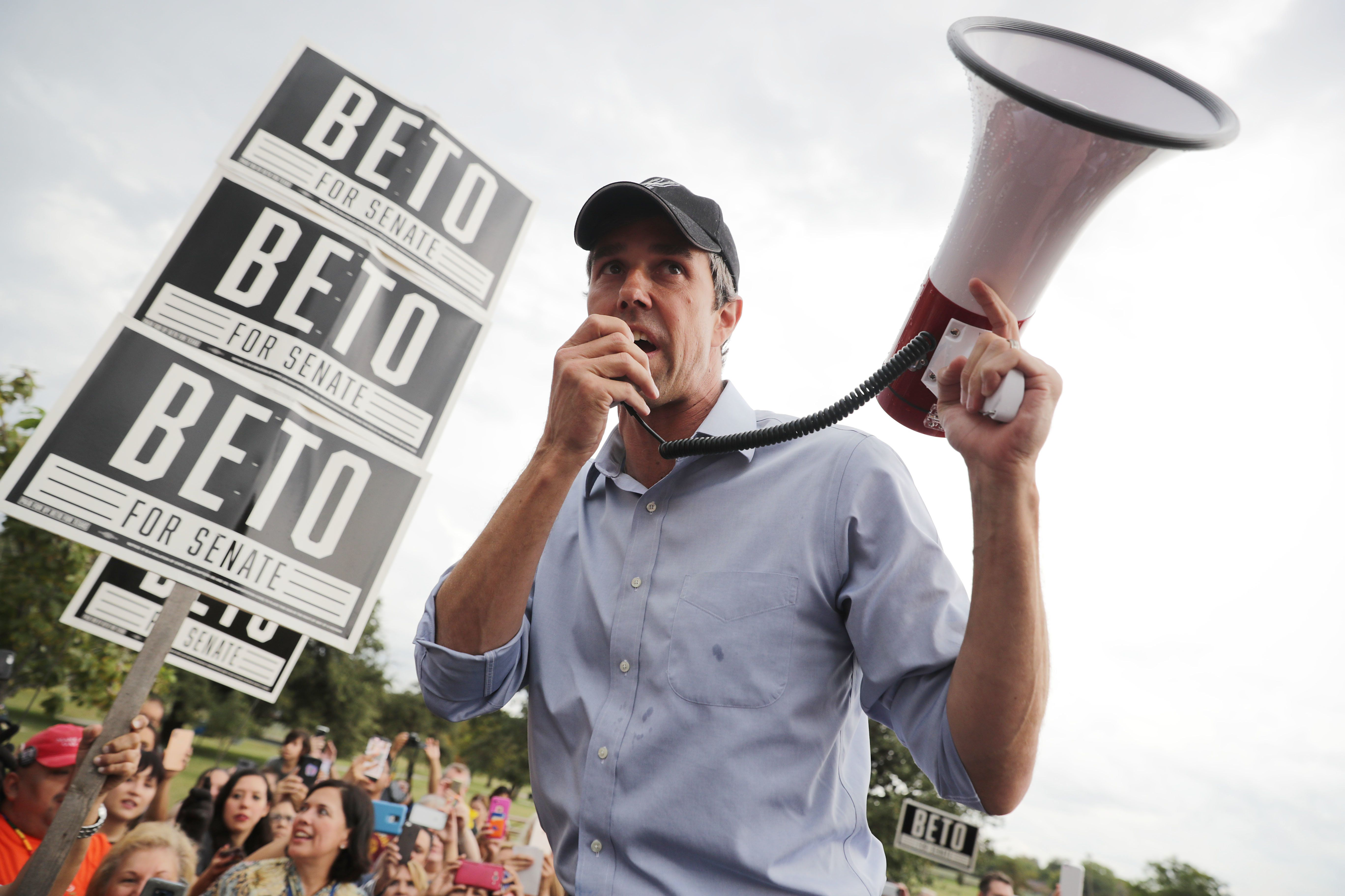 SAN ANTONIO, TEXAS - OCTOBER 31: U.S. Senate candidate Rep. Beto O'Rourke (D-TX) talks to supporters with a megaphone as he campaigns at Gilbert Garza Park October 31, 2018 in San Antonio, Texas. With less than a week before Election Day, O'Rourke is driving across the state in his race against incumbent Sen. Ted Cruz (R-TX). (Photo by Chip Somodevilla/Getty Images)