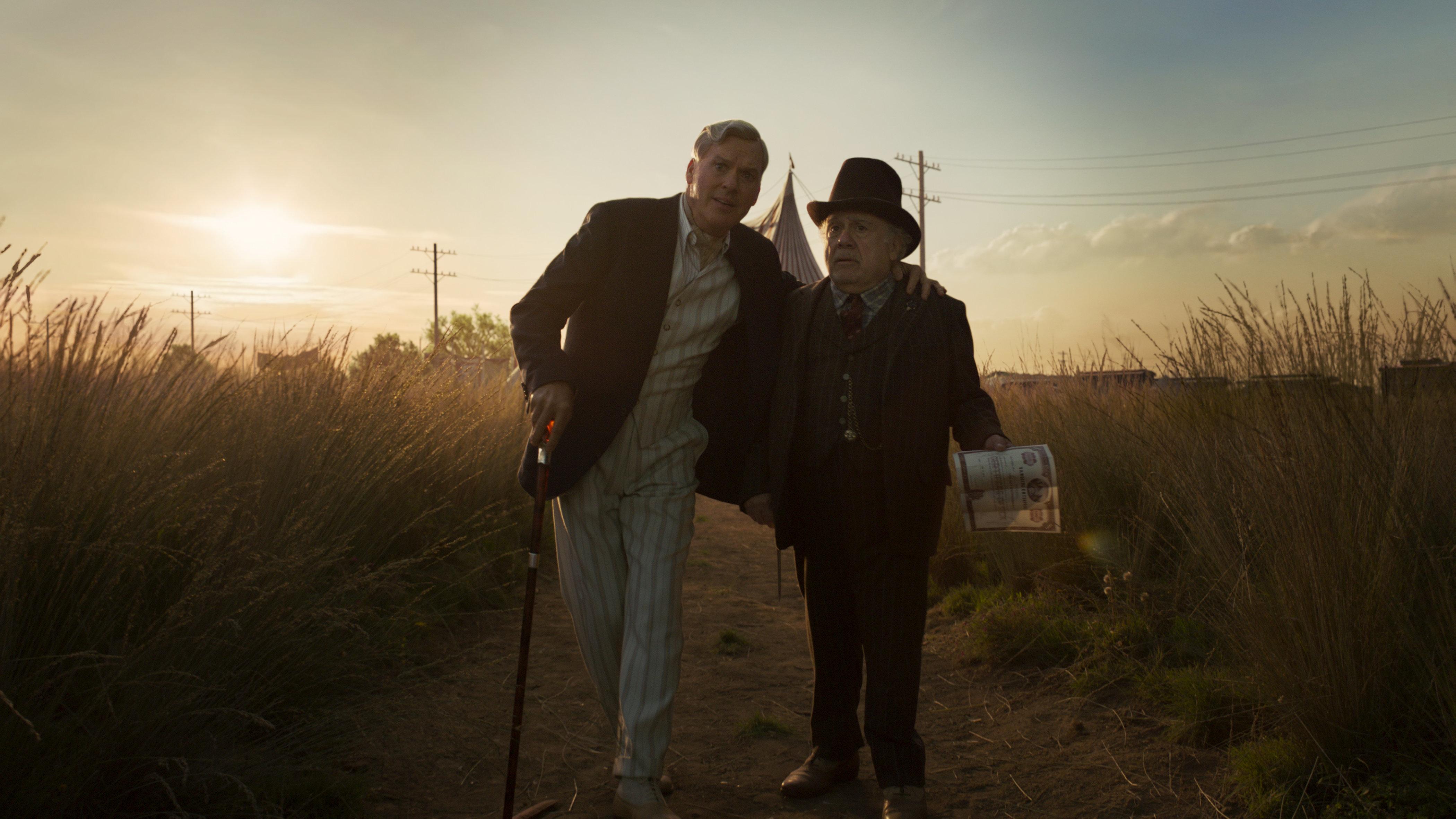 """Michael Keaton and Danny DeVito in """"Dumbo."""""""