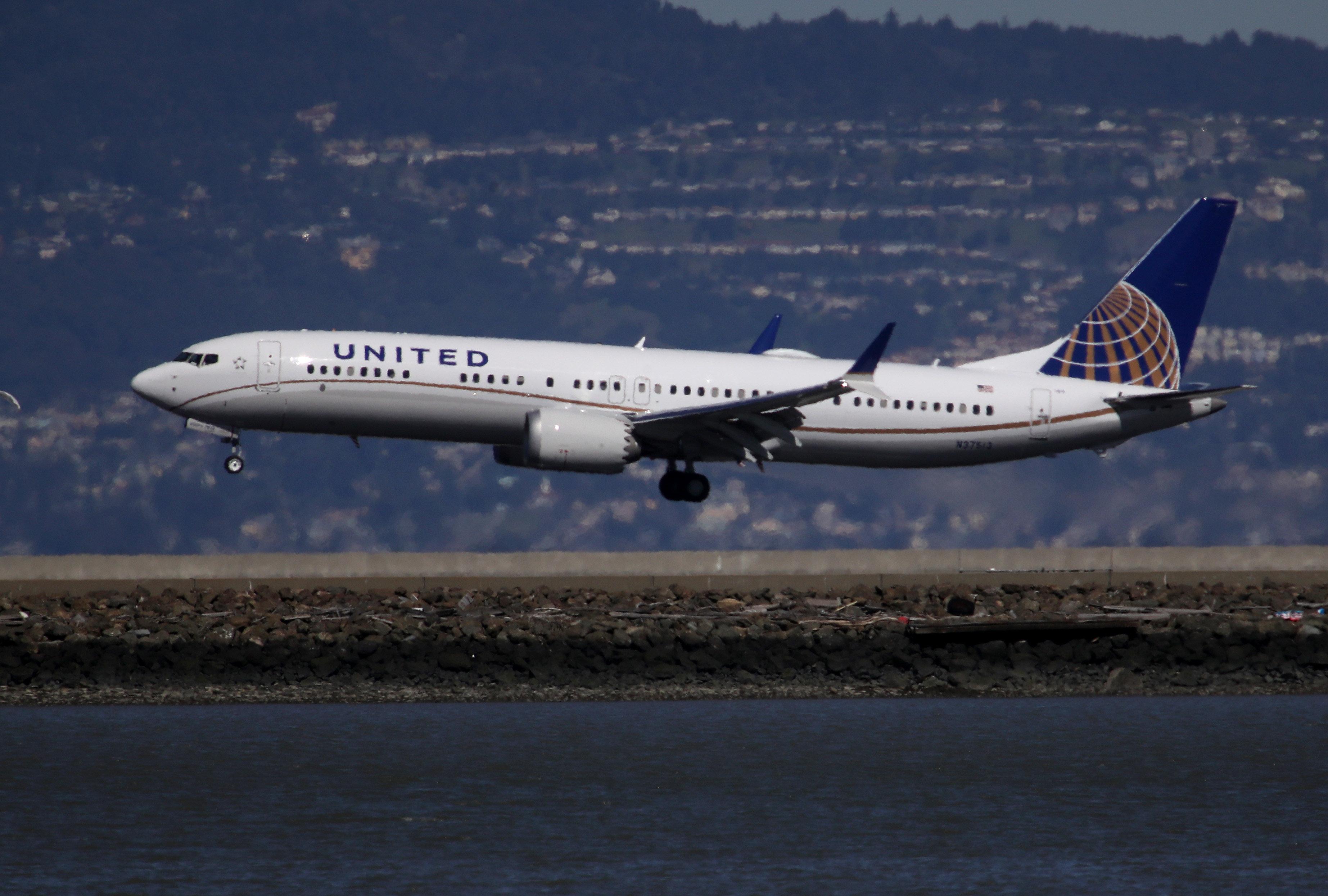 마침내 미국도 보잉 737 Max 운항을