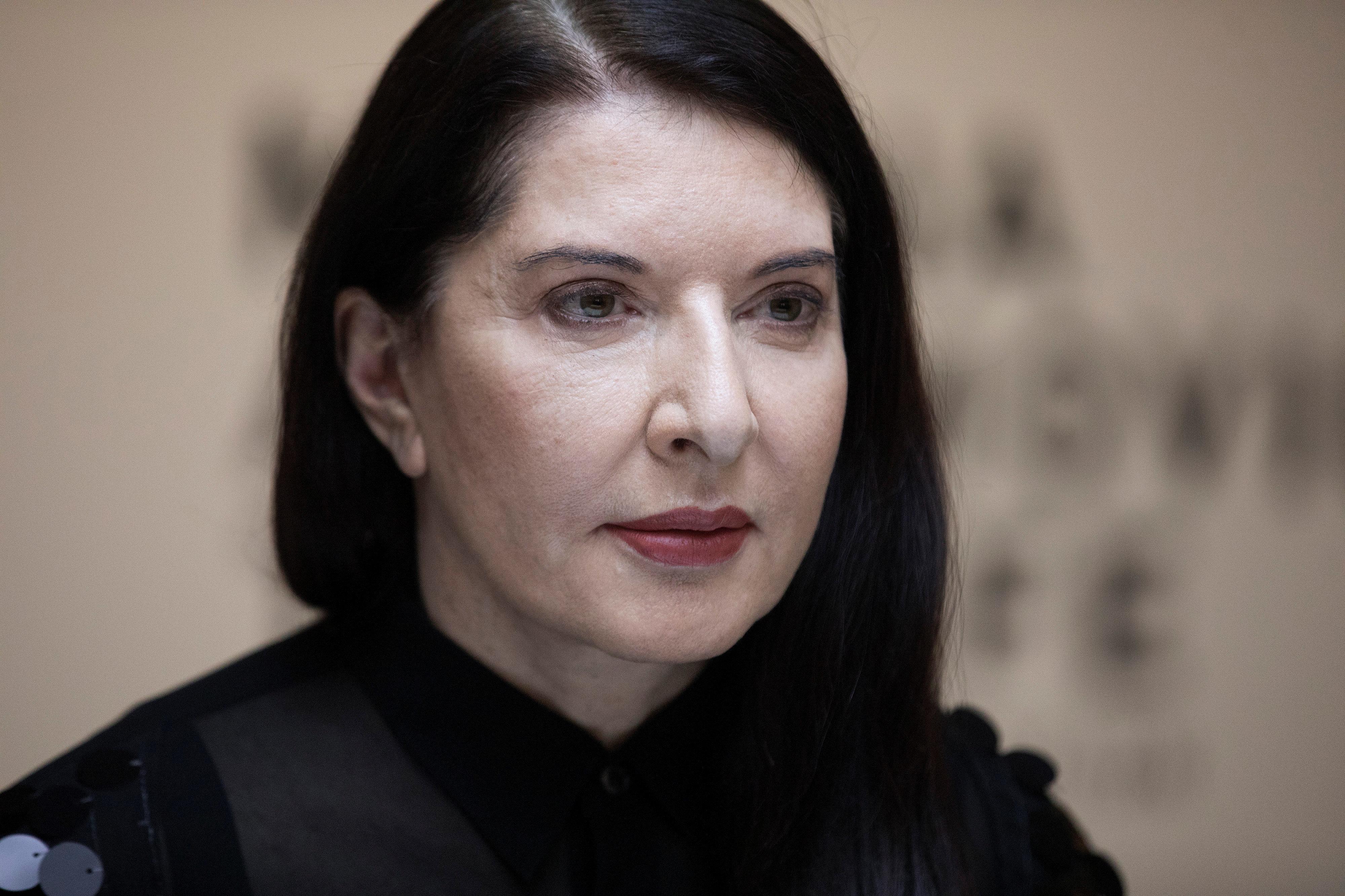 Πολωνοί καθολικοί εναντίον Μαρίνα Αμπράμοβιτς για «σατανιστική