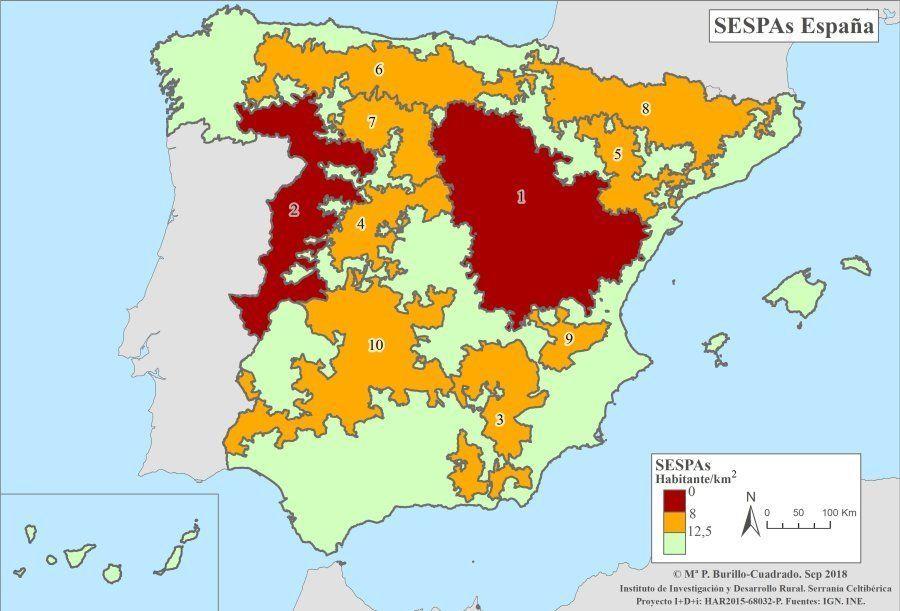 Áreas españolas escasamente pobladas. En rojo, las zonas con una densidad menor a 8hab/km2; en amarillo,...