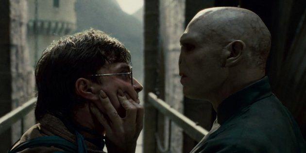 La razón por la que el mundo entero pide auxilio a J.K. Rowling, la autora de 'Harry