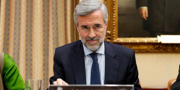 El ex secretario general del PP y exministro del Interior Ángel Acebes, comparece ante la comisión de...