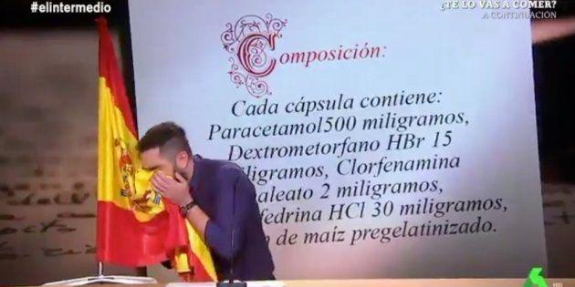 Polémica por lo que hace Dani Mateo con una bandera de España en 'El
