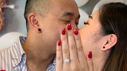 La foto de compromiso de esta pareja tiene truco (y te va a