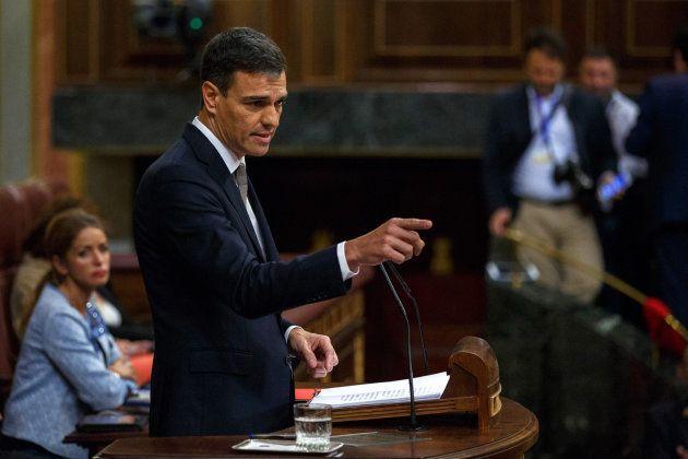 El líder socialista, Pedro Sánchez, durante su intervención en la sesión sobre la moción de censura a
