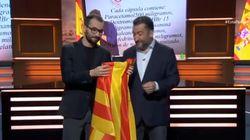 Dos humoristas de TV3 se suenan los mocos con la senyera en apoyo a Dani