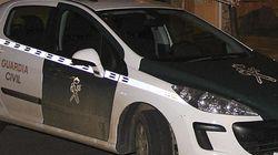 La Guardia Civil auxilia a una bebé a la que sus padres dejaron sola