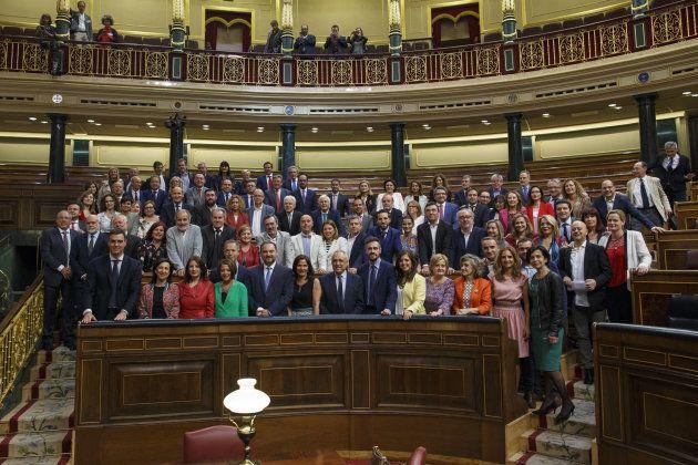 El grupo del PSOE tras la investidura de Pedro