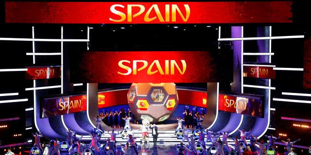 Coreografía para España durante el sorteo del Mundial, el pasado diciembre, en