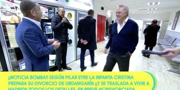 Piqueras y Jorge Javier en los pasillos de