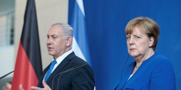 La canciller alemana, Angela Merkel, y el primer ministro de Israel, Benjamin Netanyahu, este lunes en