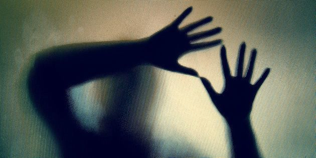 Una mujer es violada después de que su exnovio pusiera por venganza un anuncio en una web de