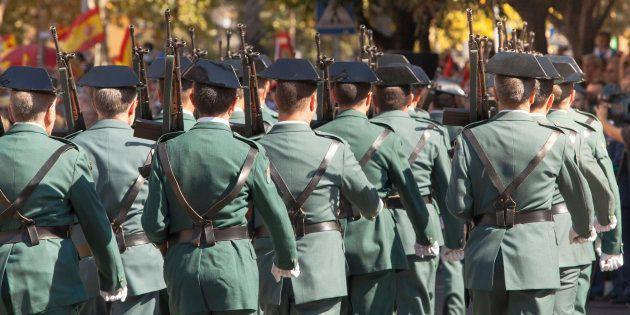 Un hombre insulta a la Guardia Civil en Twitter... y la Guardia Civil le da una respuesta que nadie