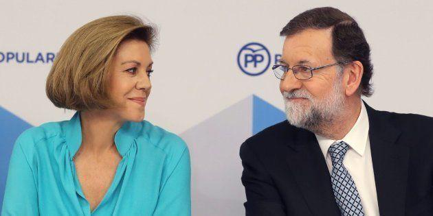 Imagen de archivo de Cospedal (izquierda) y Rajoy
