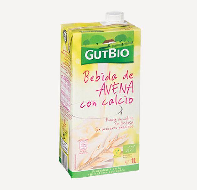 Un ejemplar de la bebida de avena con calcio de la marca Gutbio, que se vende en los supermercados de