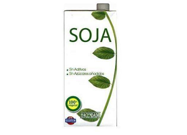 Un ejemplar de la bebida de soja de Hacendado, la marca blanca de