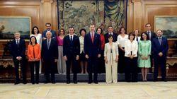 El Gobierno de Pedro Sánchez toma posesión ante el rey: