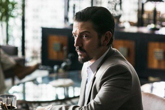 Diego Luna interpreta a Felix Gallardo en 'Narcos