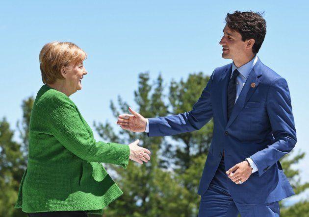 Justin Trudeau recibe a Angela