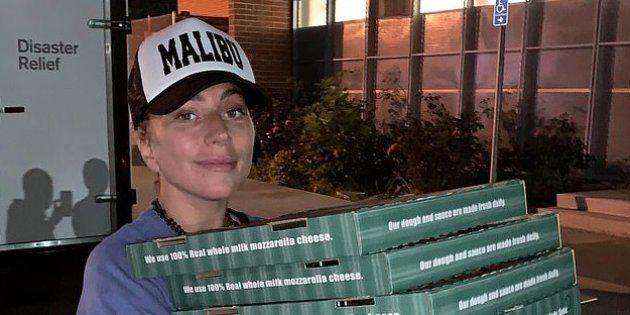La razón por la que Lady Gaga se ha convertido en repartidora de