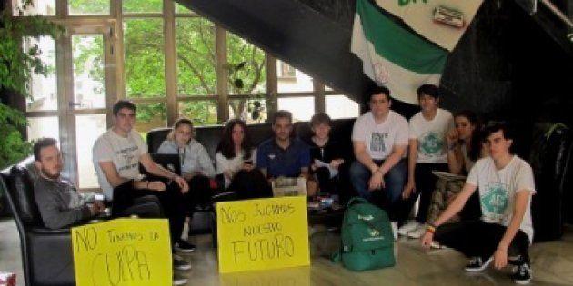 Dimiten el vicerrector de Estudiantes y el presidente del Tribunal Calificador tras lo ocurrido en