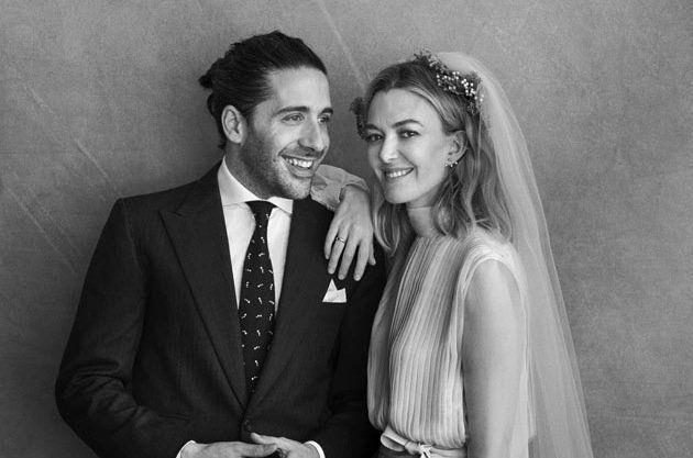 Foto oficial de la boda de Marta Ortega y Carlos