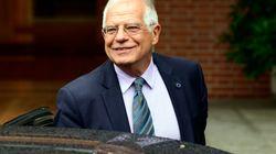 Borrell dice que la acogida rompe con la actitud de mirar a otro lado en la