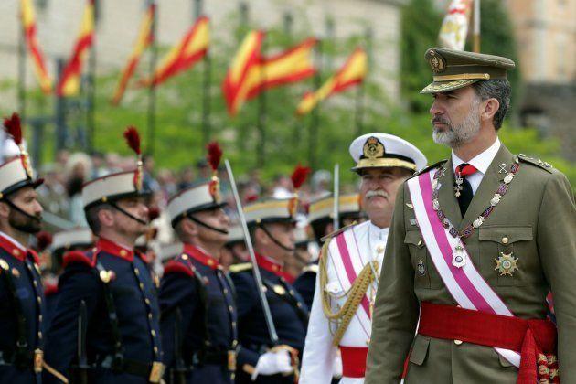 El rey Felipe este martes pasa revista antes de la reunión bienal del Capítulo de la Orden de San Hermenegildo...