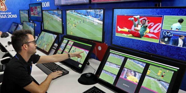 Las novedades en las reglas del fútbol que llegan con el Mundial de