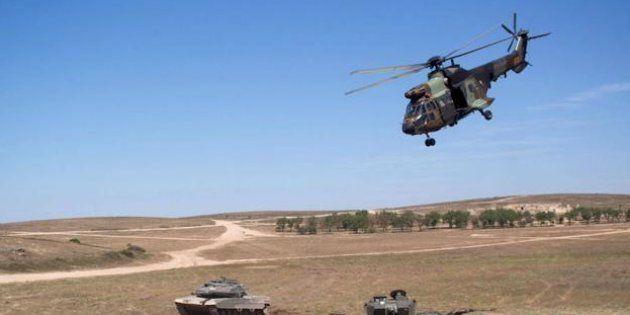 Al menos 13 paracaidistas resultan heridos en unas maniobras militares en