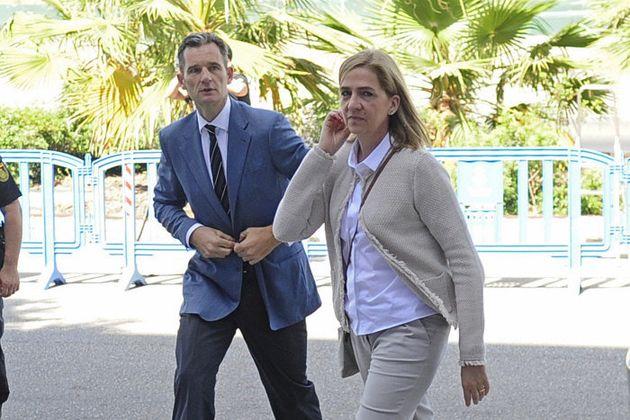 Urdangarin y la infanta Cristina durante el juicio en la Audiencia de