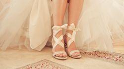 Το κρυφό μήνυμα στα νυφικά παπούτσια που άφησε μετά θάνατον μία μητέρα στην κόρη
