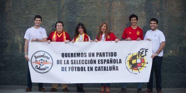 Los miembros de la plataforma 'Barcelona con la