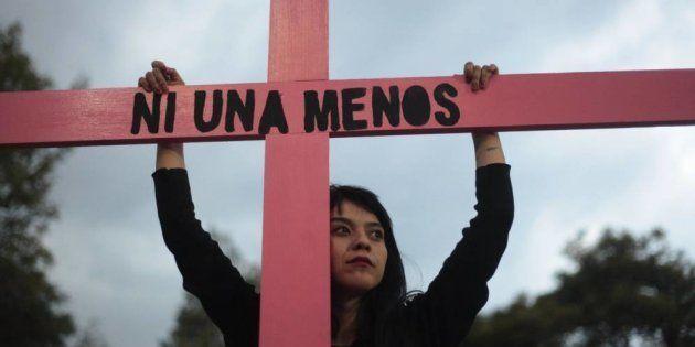 Una mujer, durante una protesta contra la violencia