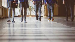 Acuerdo en Galicia para que los colegios con uniforme ya no puedan obligar a las niñas a usar
