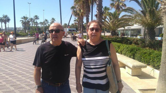 Unos jubilados valencianos maravillados con la llegada del