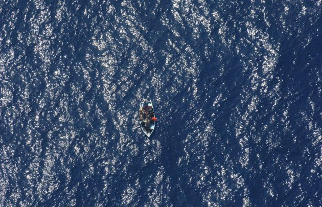 Rescate de 11 personas (entre ellas, 2 posibles menores) que fueron trasladadas a Cartagena tras ser...