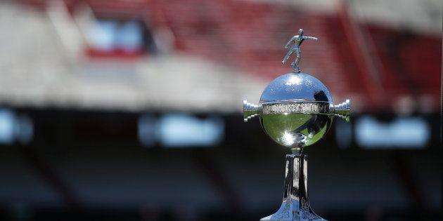Suspendida de nuevo la final de la Copa Libertadores entre River Plate y Boca