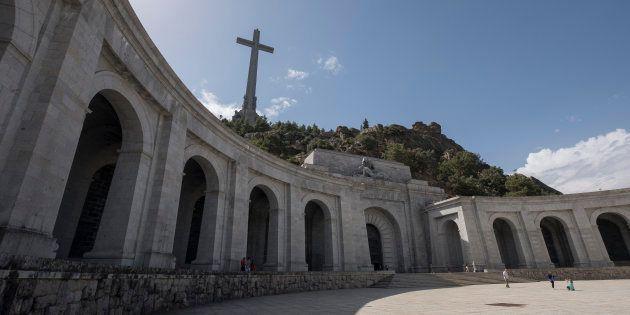 Sacar los restos de Franco del Valle de los Caídos... Y después,
