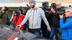Gerard Piqué , condenado a una multa de 48.000 euros por conducir sin