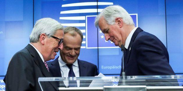 El presidente de la Comisión Europea, Jean-Claude Juncker; el presidente del Consejo Europeo, Donald...