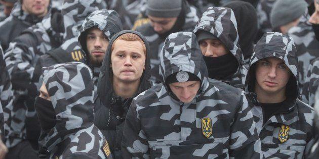 Nacionalistas ucranianos protestan tras la escalada naval con