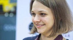 La doble campeona mundial de ajedrez rechaza defender sus títulos en Arabia Saudí por el trato a las