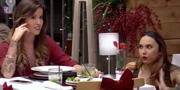 Confiesa que le gusta más el chico de la mesa de al lado que su cita y comete el mayor error de la historia...
