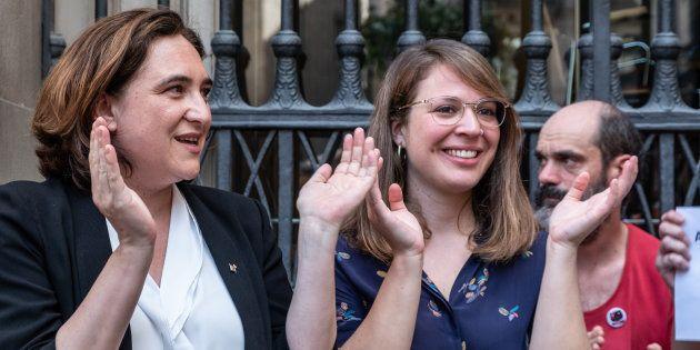 La alcaldesa de Barcelona Ada Colau y la concejala de urbanismo Janet